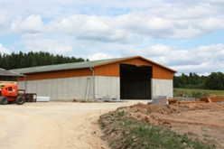 Manure storage in Ragares