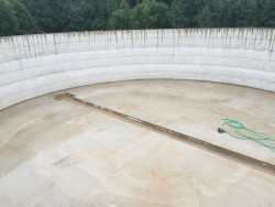 Construction of monolithic reinforced concrete tank in Gaujaskalni