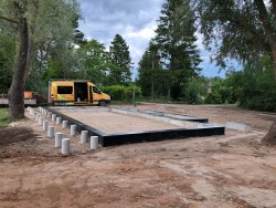 Construction of foundations in Tuja