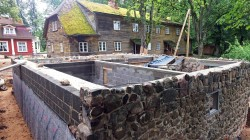Construction of heating system and ice cellar